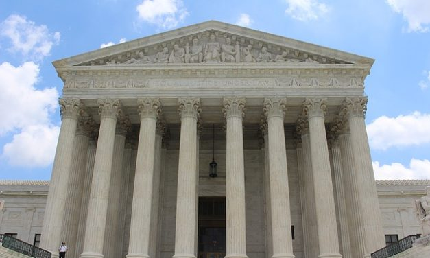 Supreme Court backs Trump on detention of illegal immigrants