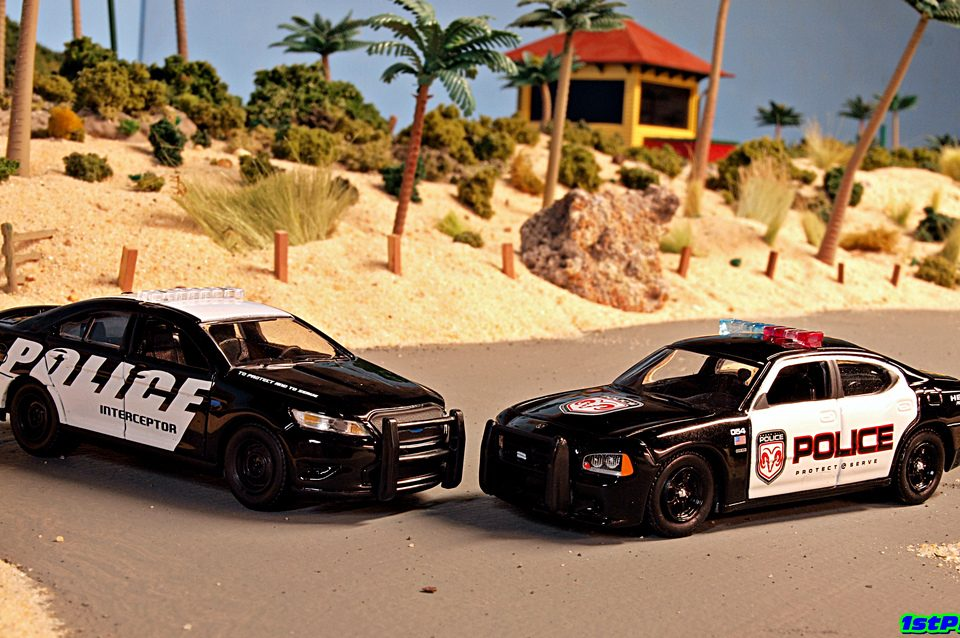 dodge charger pursuit has officer safety in mind with new technology law en. Cars Review. Best American Auto & Cars Review