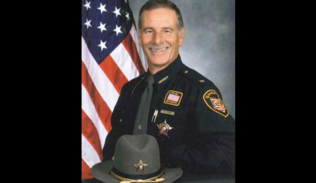 Ex-sheriff pleads guilty to taking bribes