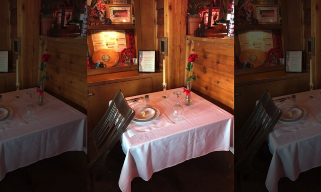 Texas Roadhouse honors fallen Illinois deputy with table setting