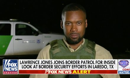 Reporter Attacked For Wearing Bulletproof Vest At Border In Protection Against Cartel Violence