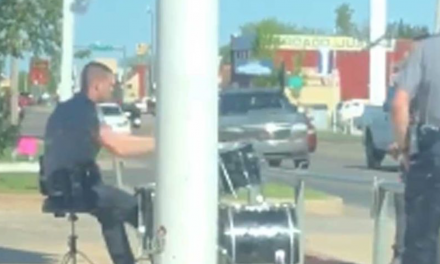 Officer Handles Noise Complaint in the Best Way Possible