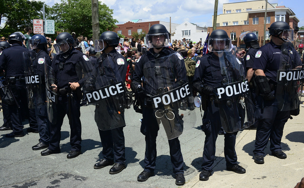 Police bring in back up department to prepare for KKK and counter-protestors