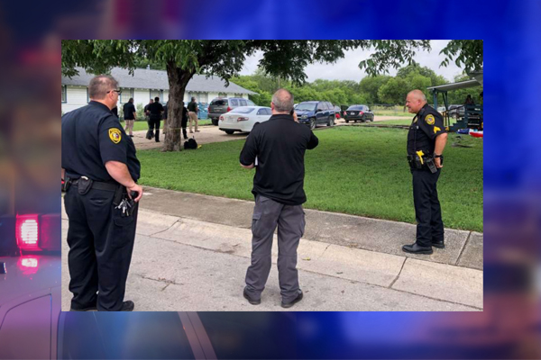 Deputy shot confronting teen car thief, holds attempted killer until backup arrives before collapsing