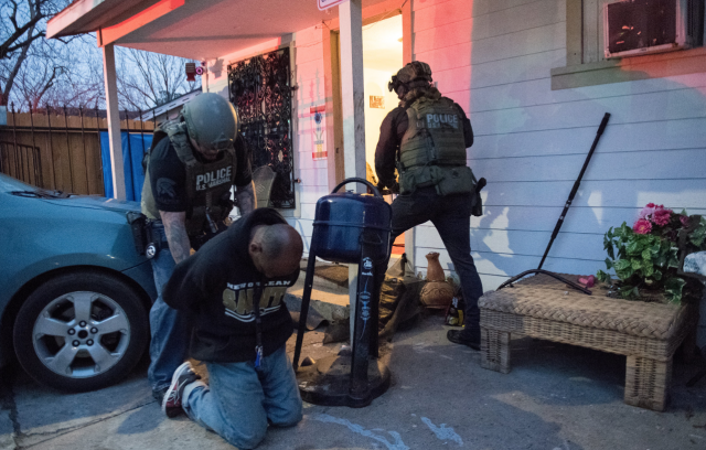 tactical_houston_flickr_marshals_arrest_handcuffs_texas_crime_scene