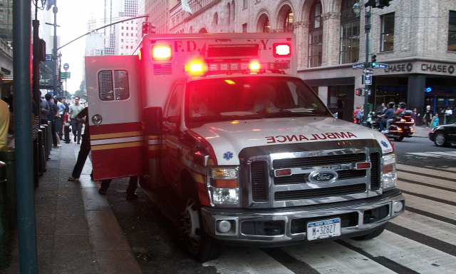 emt_ambulance_nyc_fdny