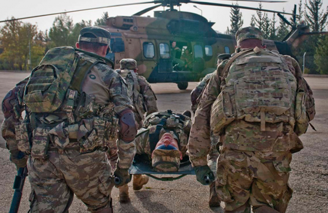 army_military_helicopter_medic_wounded_combat_veteran