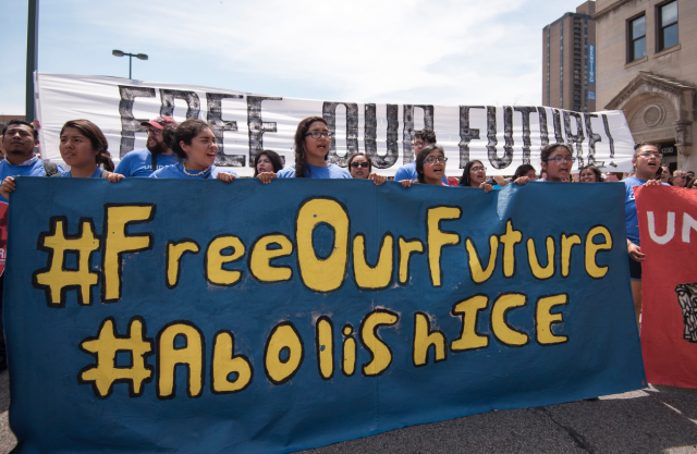 abolish_ice_immigration_protest
