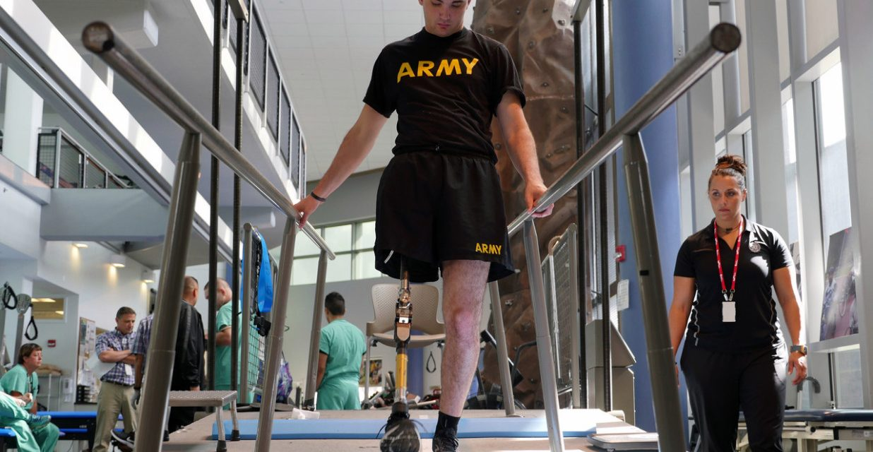 Brotherhood: Soldier amputates own leg to save the lives of his crew mates