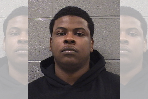 Chicago guy released from jail on gun charges, then pulls gun on police and gets shot in scrotum