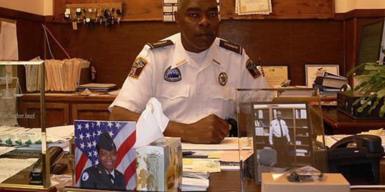 Family sues for benefits after sheriff murdered. Suit immediately dismissed.