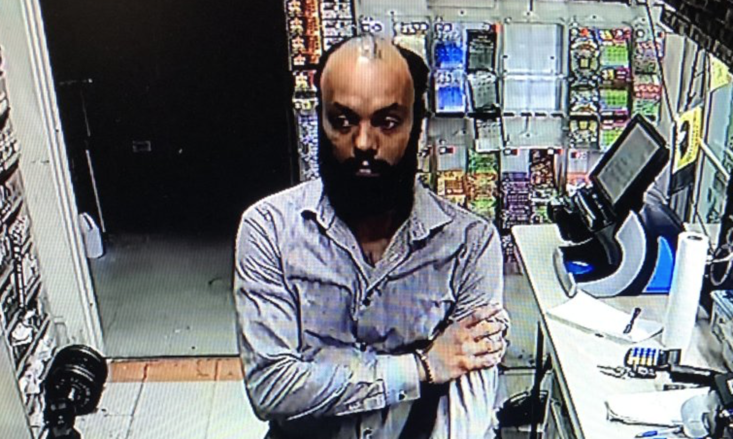 Store owner 'can't remember' name of employee who stole $17K from his business