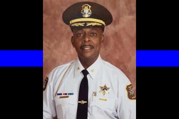 Third member of law enforcement family in Detroit-area dies of COVID-19. He was a dad of four.