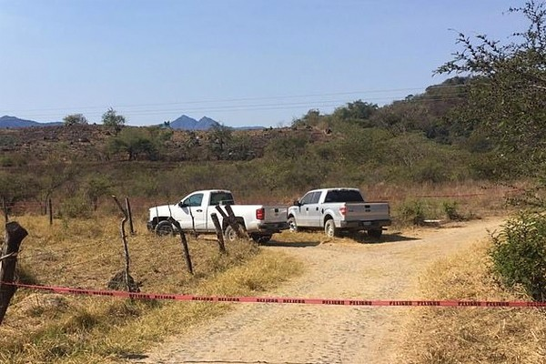 Dismembered bodies of seven police officers who were among 10 kidnapped in Mexico found in a mini van