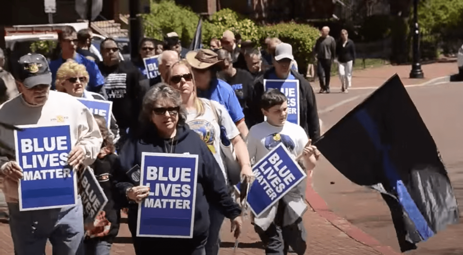 Despite police-bashing across America, Back the Blue rally takes place in Tampa