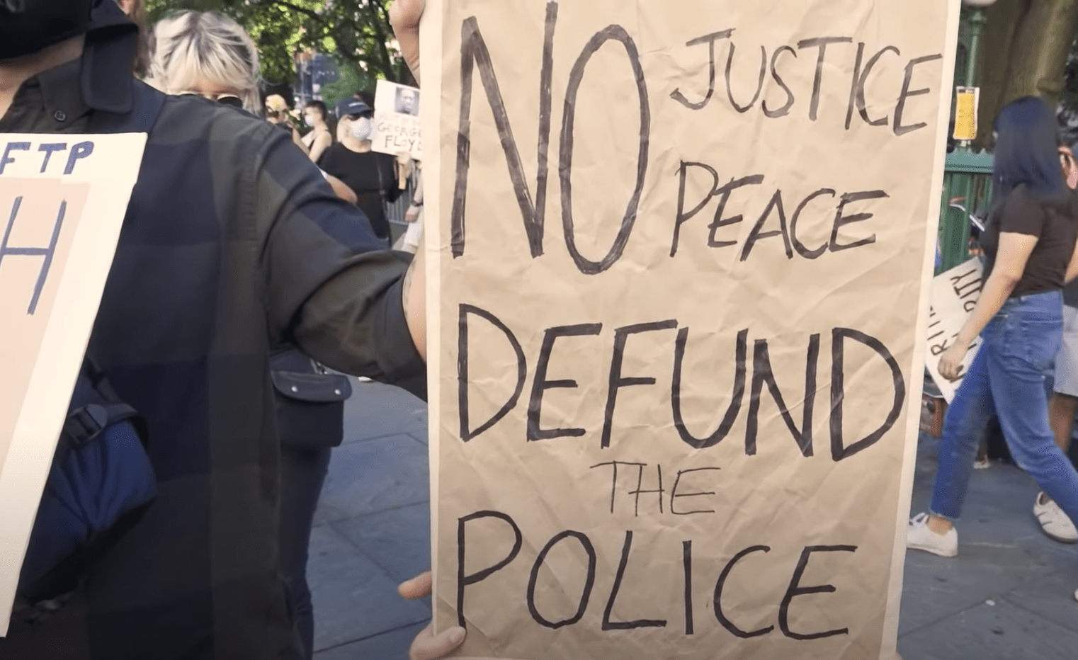 Poll: Vast majority of people oppose defunding and abolishing police (despite what the media suggests)