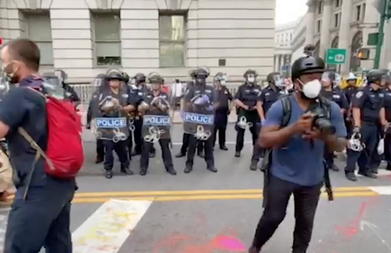 Report: NYPD cops retreat from protesters after early morning clash at City Hall
