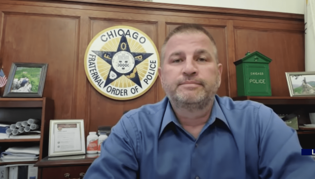 Chicago FOP President asks Trump for help to combat violence: 'Mayor Lightfoot has proved to be a complete failure'