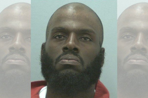 Convicted murderer paroled; rearrested for rape while at halfway house