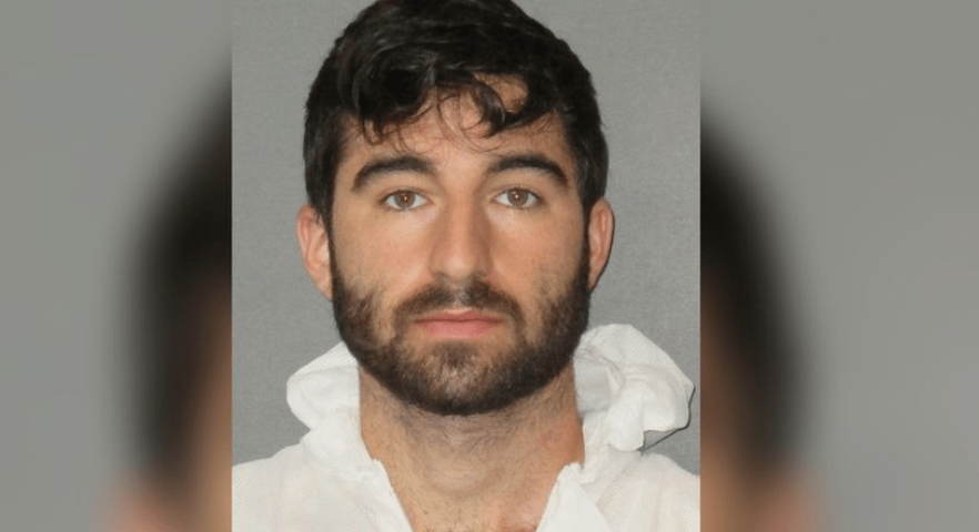 Baton Rouge man arrested for raping 10-year-old girl he contacted through social media