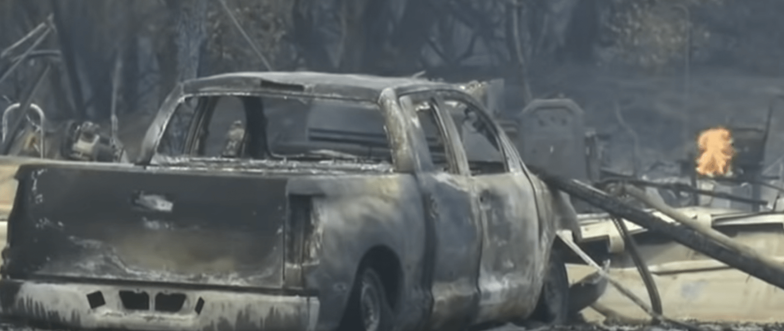 Report: Fire commander leading battle against wildfires has wallet stolen, bank account drained