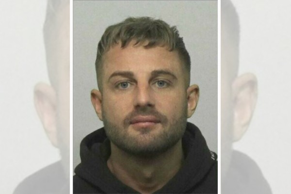 Fugitive trolls police, offers to double the reward they are offering to anyone helping him hide
