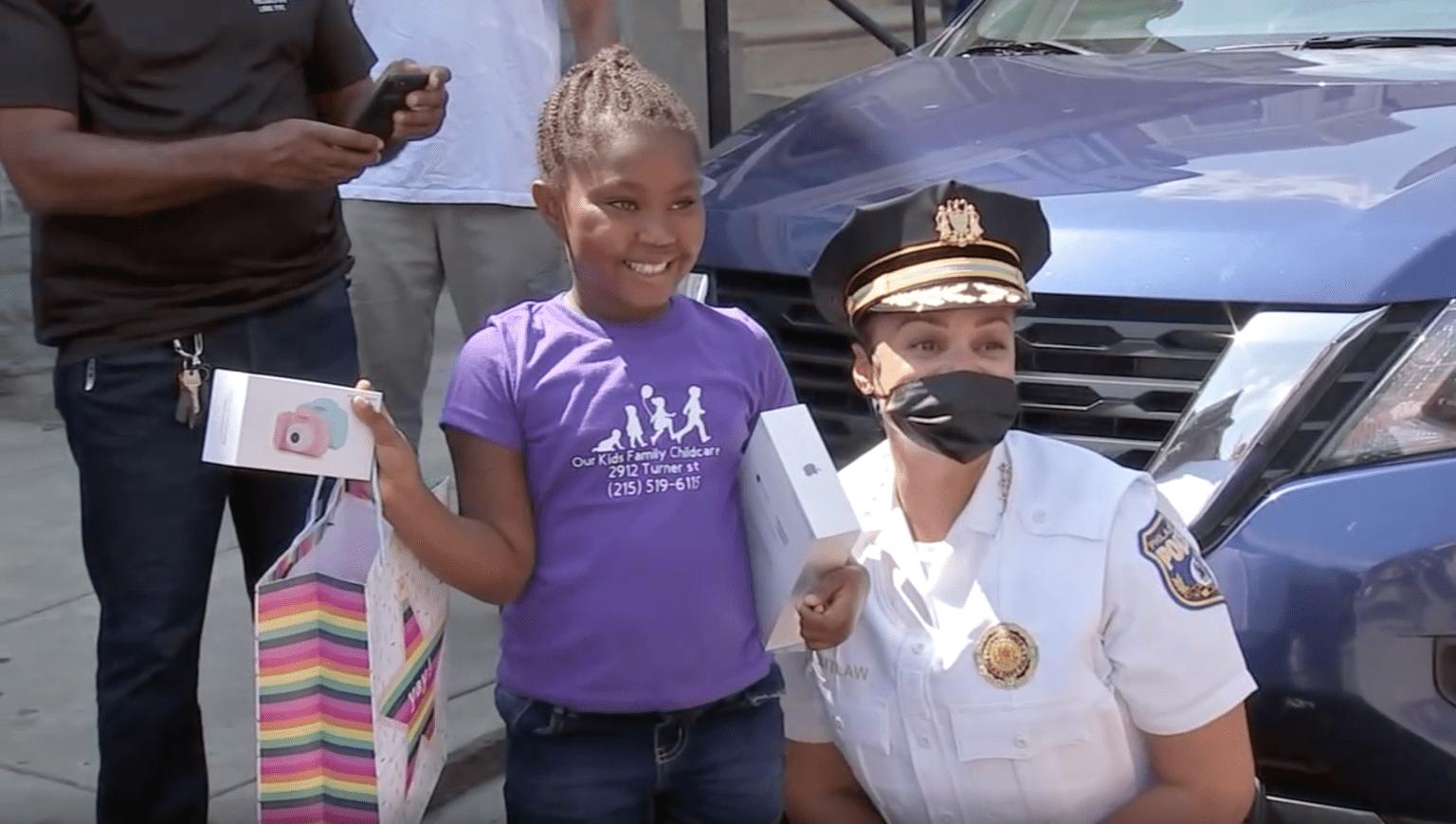 Police officers, local news anchor, community bring caravan of surprises to little girl, 6, who was shot