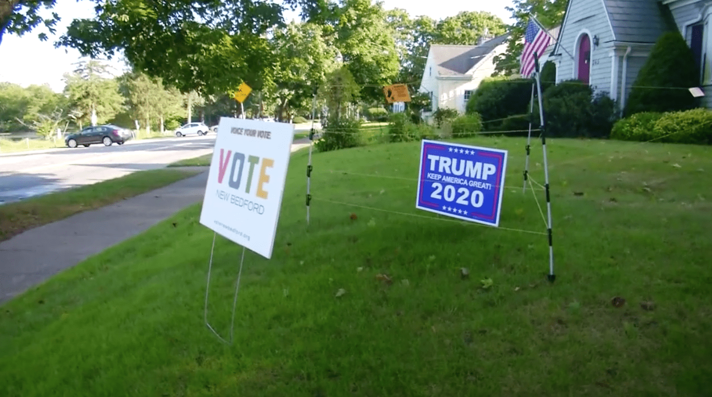 Lifelong Democrat turned Republican installs electric fence to stop thieves from stealing Trump sign