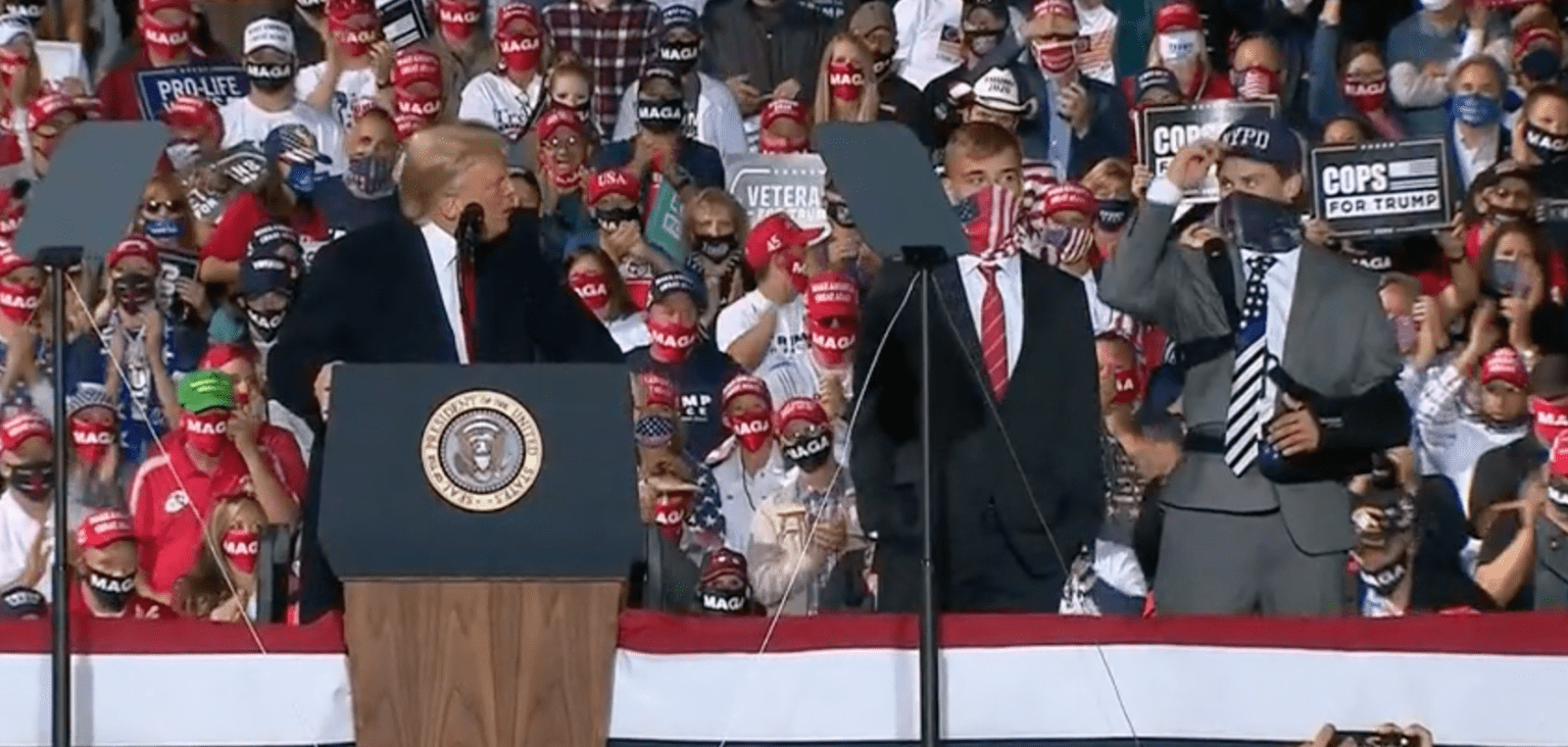 Trump honors two high school football players who were suspended for displaying 'Thin Blue Line' flag