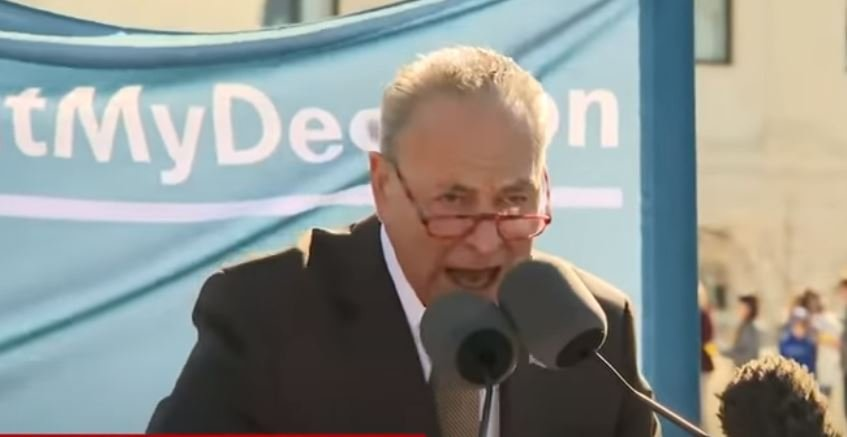 Schumer sends letter to FBI director to ignore Biden scandal, says investigation could 'undermine the rule of law'