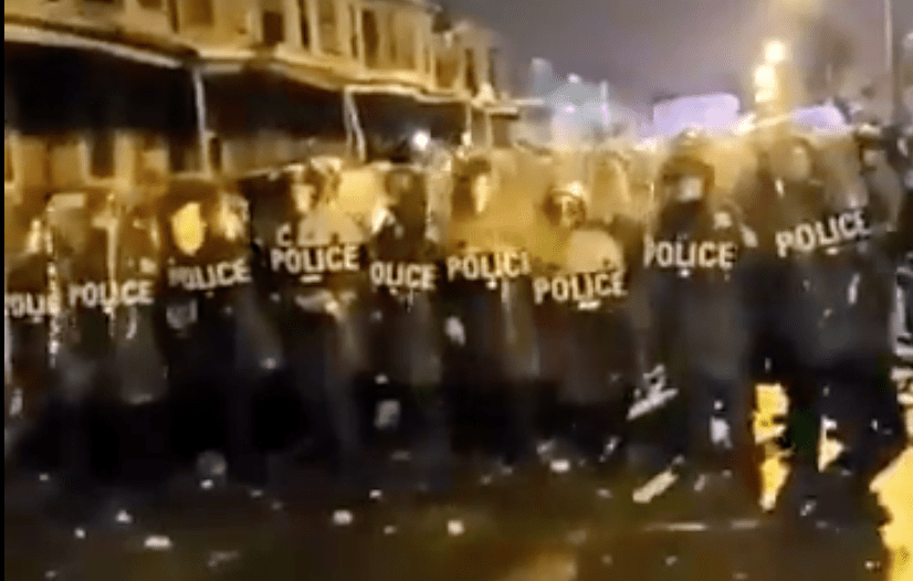 Report: Philadelphia PD ordered officers not to arrest rioters and looters, just disperse them