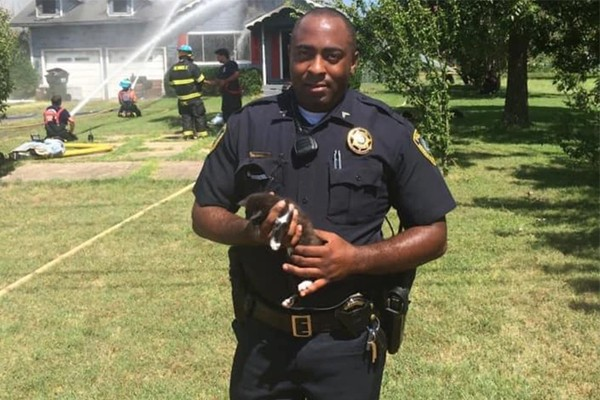 Oklahoma officer responds to fire at his own home, saves his own family
