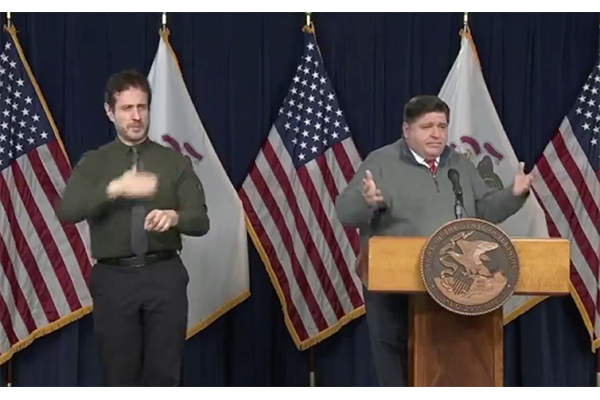 """Illinois Governor brushes off Chicago mayor's """"Do Not Travel"""" advisory, may leave city for Thanksgiving"""