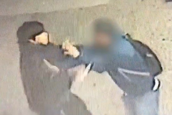 Mayor de Blasio's NYC: Graphic video shows attacker stab man in the head in Harlem