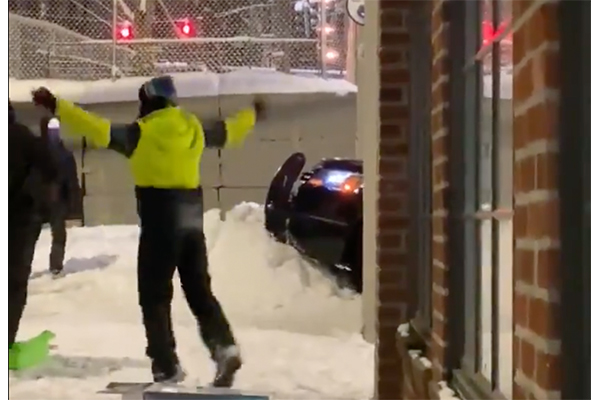 Antifa and anti-police protesters build snow barrier to block Seattle PD from responding to emergencies