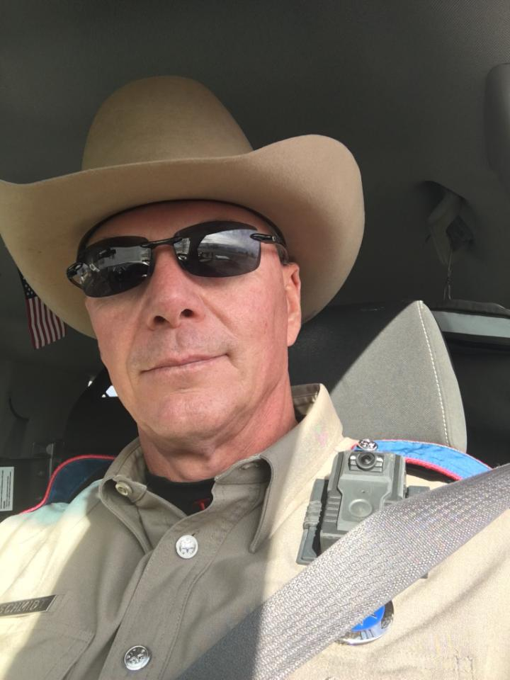 Veteran Texas Trooper saves three people from fiery wreck while off duty - where's the media?