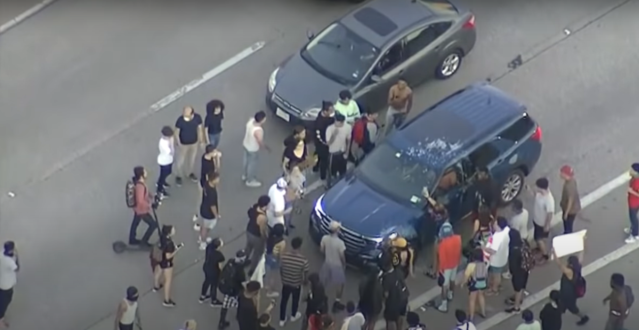 New Tennessee bill would give 'criminal immunity' to drivers hitting protesters in street