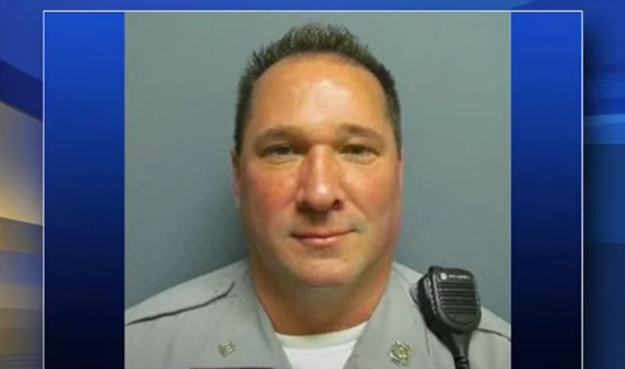 Officer critically injured after responding to fight call alone