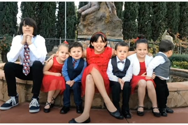 Heartwarming: Couple adopts seven siblings whose parents died in a tragic car accident