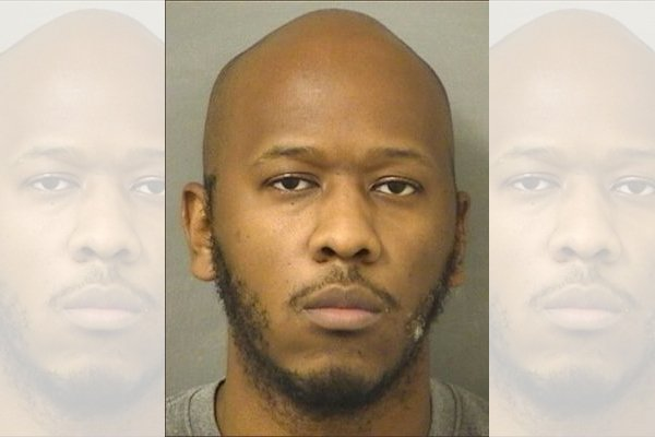 Fourth-grade teacher Xavier Donte Alexander arrested for soliciting 2-year-old for sex (Photo courtesy of the Palm Beach County Sheriff's Office)