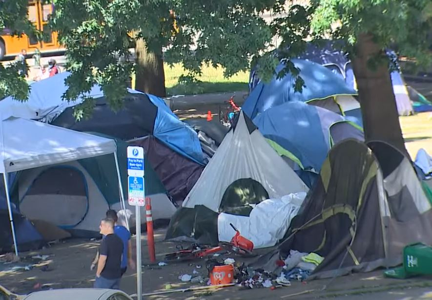 Sheriff orders staff to work from home due to nearby Seattle homeless encampment