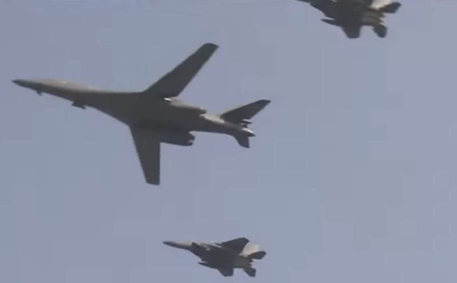 Chinese PLA aircrafts invades Taiwan's airspace, Taiwan deploys anti-aircraft missiles