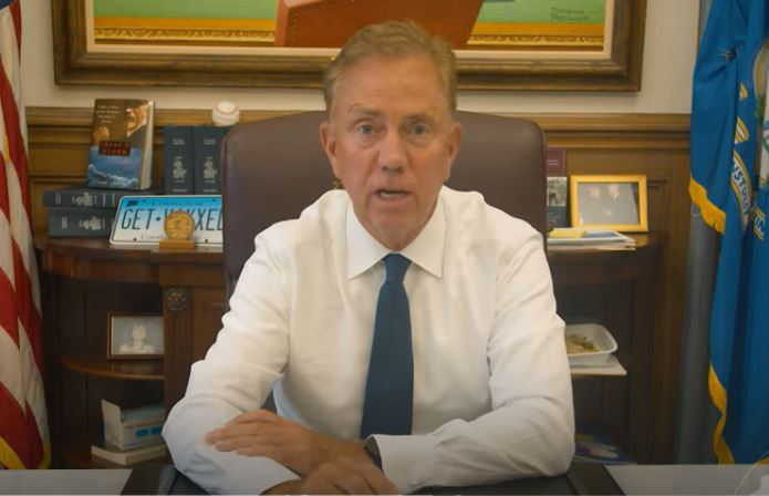 Did the CT governor just pad his own pocket with a new mandate for state employees? It sure seems that way.