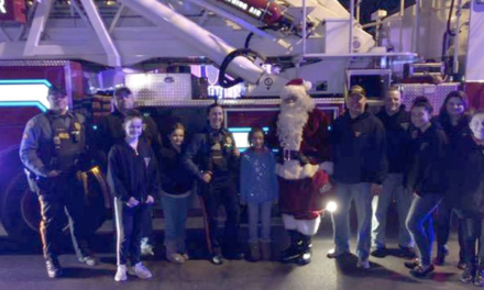 Cops play Santa after Grinch rips off presents