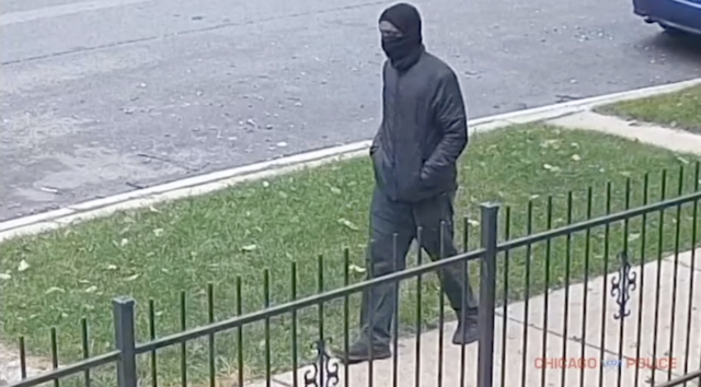 Masked Executioner Sought in Chicago