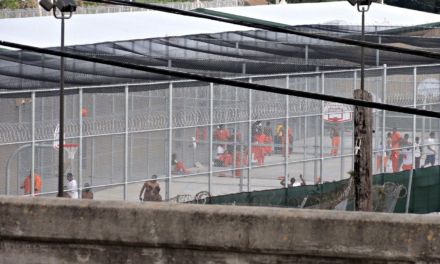 Judge threatens to keep prison officials in hot cells for 'oppressive' conditions