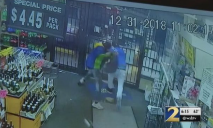 Off-duty Georgia officer stops alleged liquor store robbery
