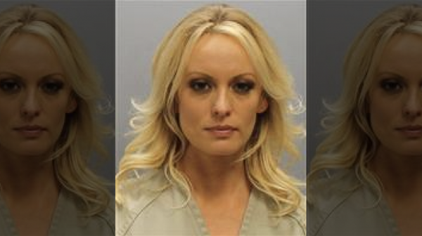 Stormy Daniels suing vice unit cops over arrest at strip club