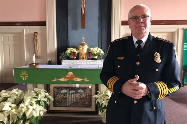Atheist Says Police Don't Belong In Church.This Chief Proves Him Wrong.